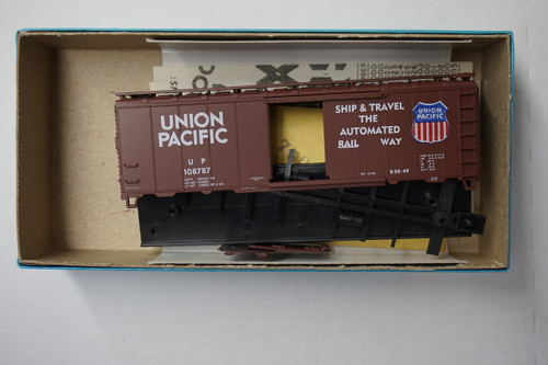 1038-2 (HO SCALE) Bev-Bel-66-1038-2 Union Pacific 40  Single Door Boxcar UP 108787