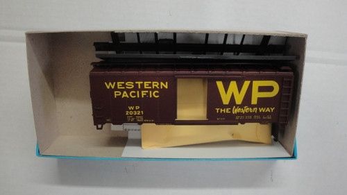 1111 (HO SCALE) Bev-Bel-66-1116-1 Western Pacific The Western Way 40  Single Door Boxcar WP 20321