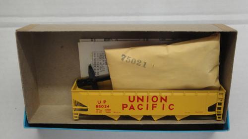 1448-1 (HO SCALE) Bev-Bel-66-1448-1 Union Pacific 40  Quad Hopper UP 88024