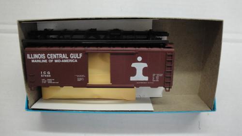 1733 (HO SCALE) Bev-Bel-66-1733 Illinois Central Gulf 40  Boxcar ICG 57493
