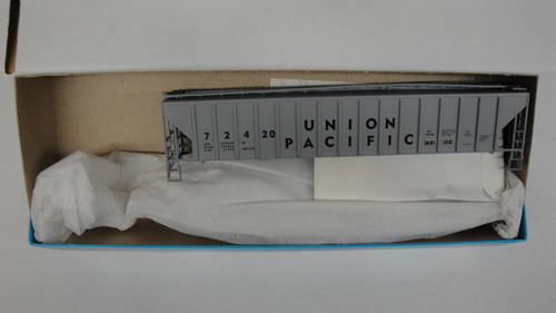 1904 (HO SCALE) Bev-Bel-66-1904 Union Pacific 54  PS Ribside Hopper UP 72420