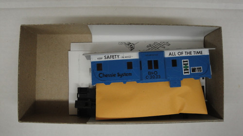 2217-2 (HO SCALE) Bev-Bel-66-2217-2 Chessie System - B and O 37  Bay Window Safety Caboose B and O 3035