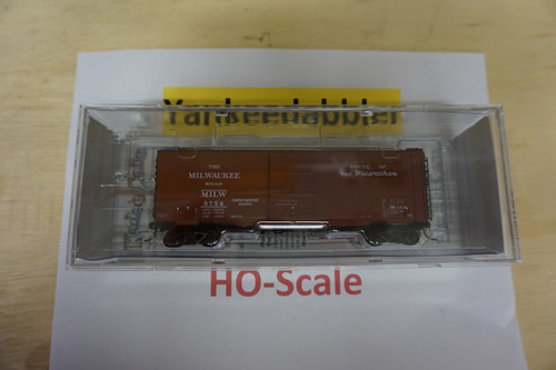 4931 Kadee / PS 40' Boxcar Milw #8754  (HO Scale) Part # 380-4931