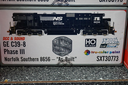 SXT30773 GE C39-8 Norfolk Southern #8656 Rivet Counter ScaleTrains  (SCALE=HO)  Part # 8003-SXT30773