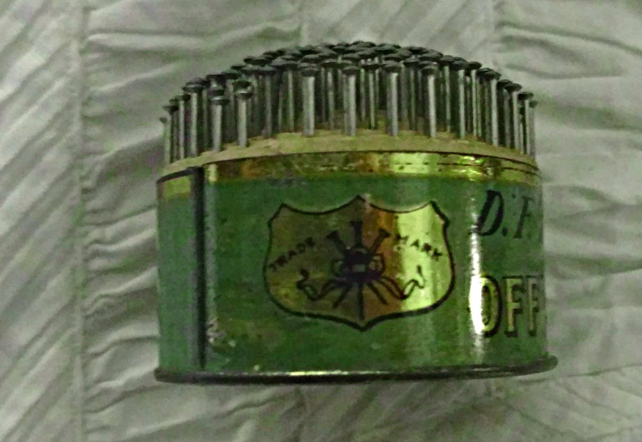 Early 1900 1920 Tin Advertising Pin Cushion Sewing Office Pins Intact