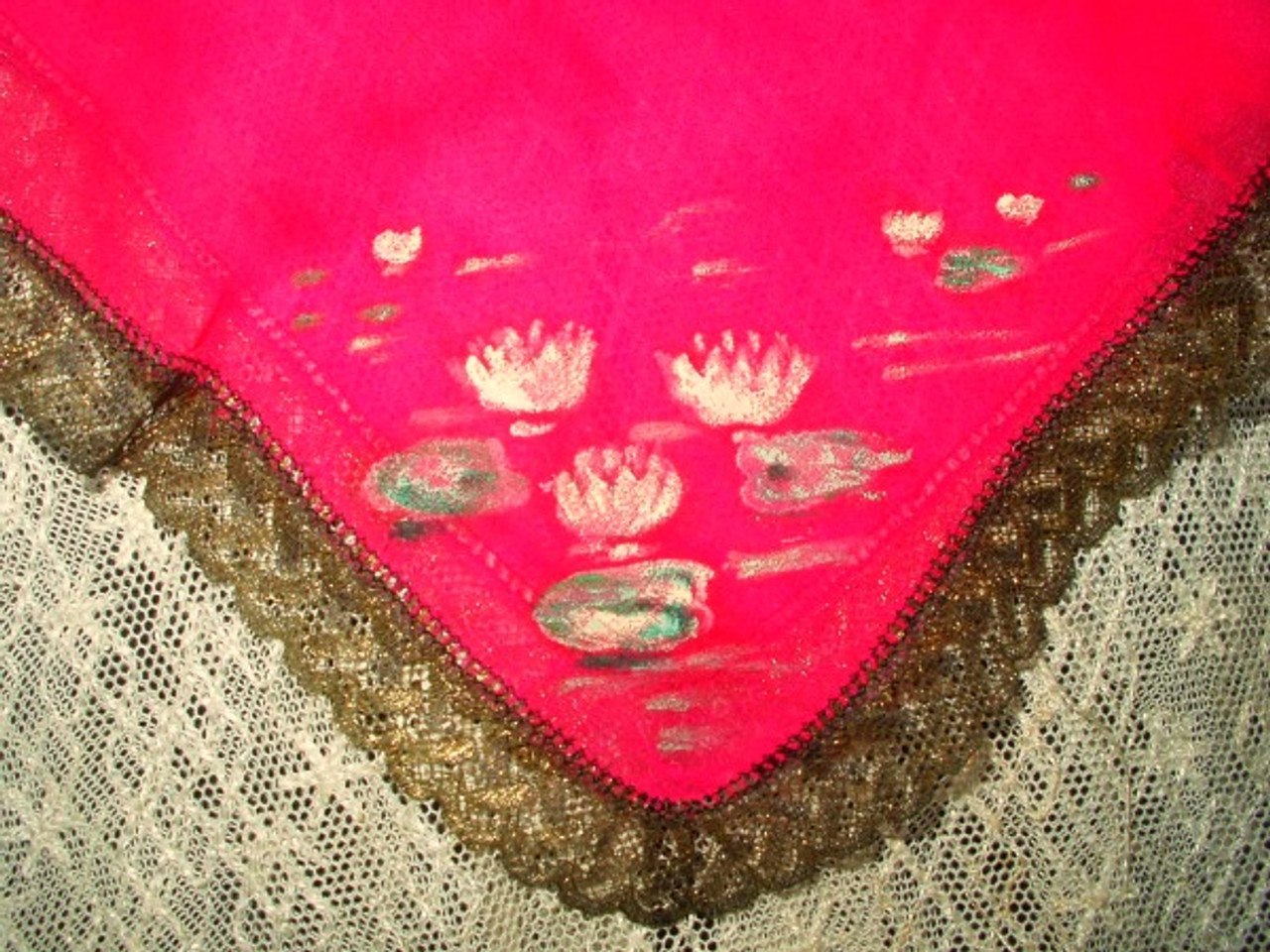 Vintage 1920 Hand Painted Chiffon Handkerchief With Gold Metallic Edging Trim