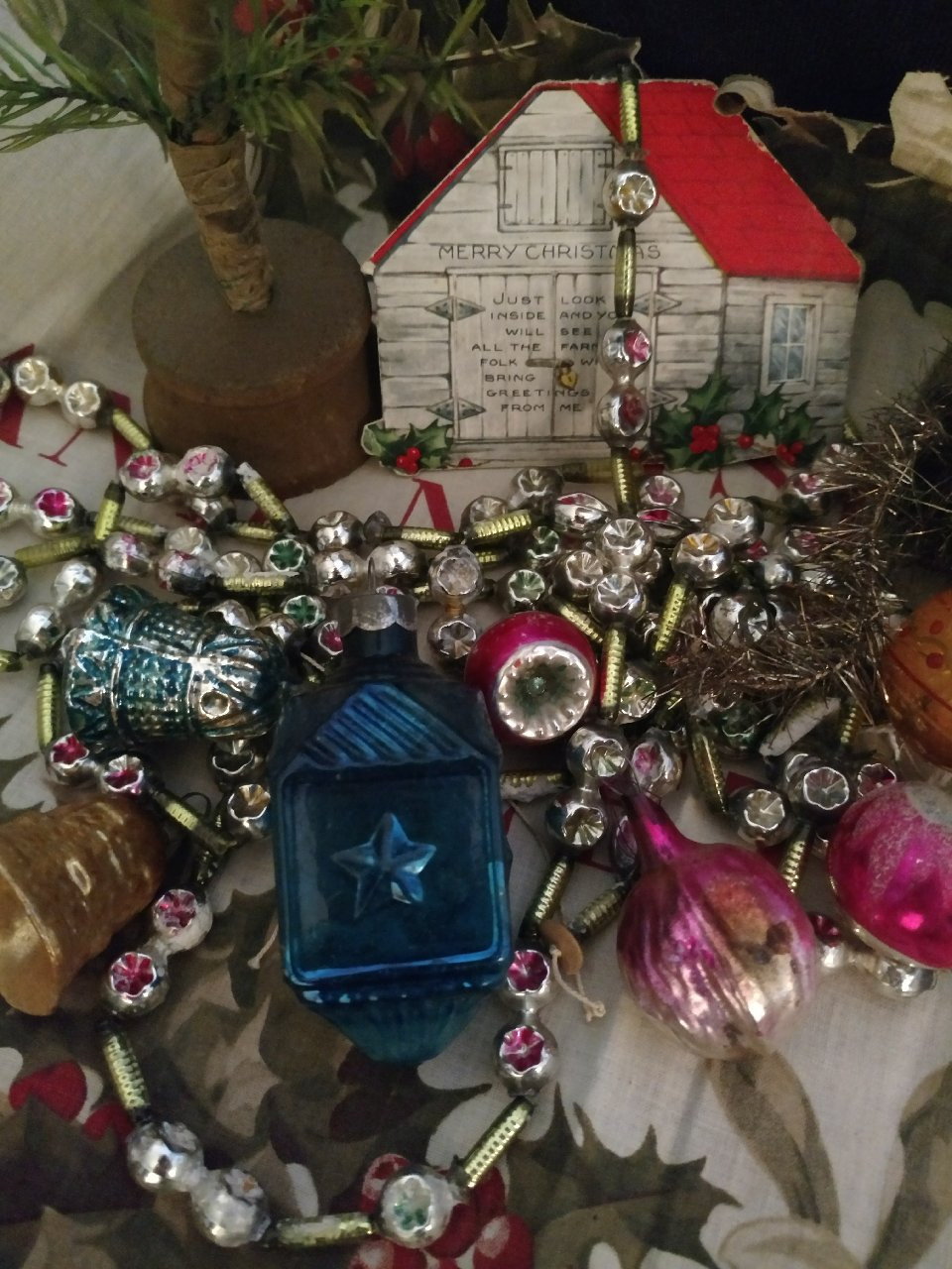 Christmas Inspiration From The Past ~ Decorate Your Home Merrily