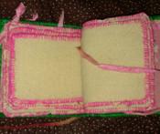 Victorian Edwardian Green Silk Needlecase Wool Leaves Embroidery