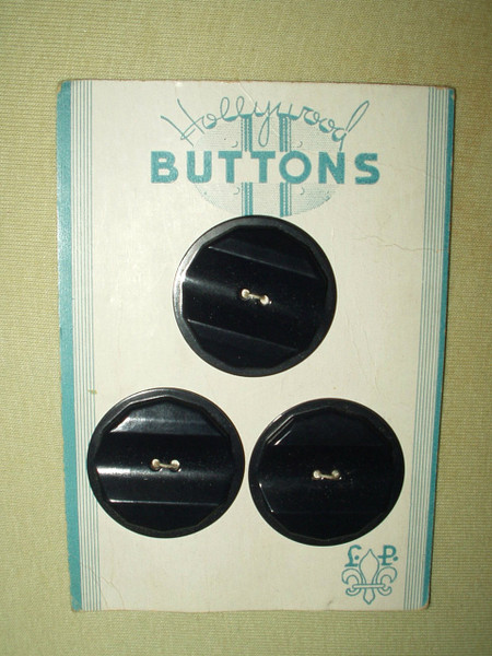 Vintage 1930 1940 Hollywood Black Plastic Buttons On Card