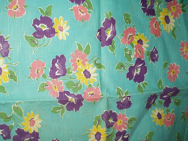 Vintage 1940 1950 Floral Pattern Flour Feed Sack Fabric