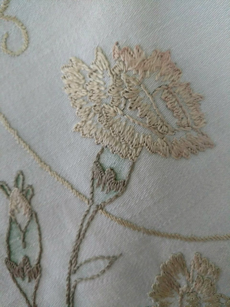 Victorian 1900s Table Doily Tinted Society Silk Carnation Flower Embroidery