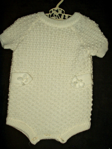 Vintage 1960s 1970s Bullocks Baby Knitted Suit Shortalls