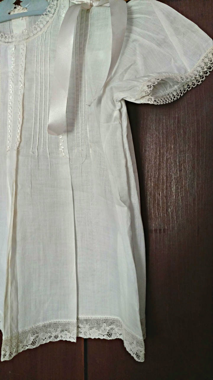 1930s 1940s White Baby Dress Pin Tucks Lace Ribbon Bows