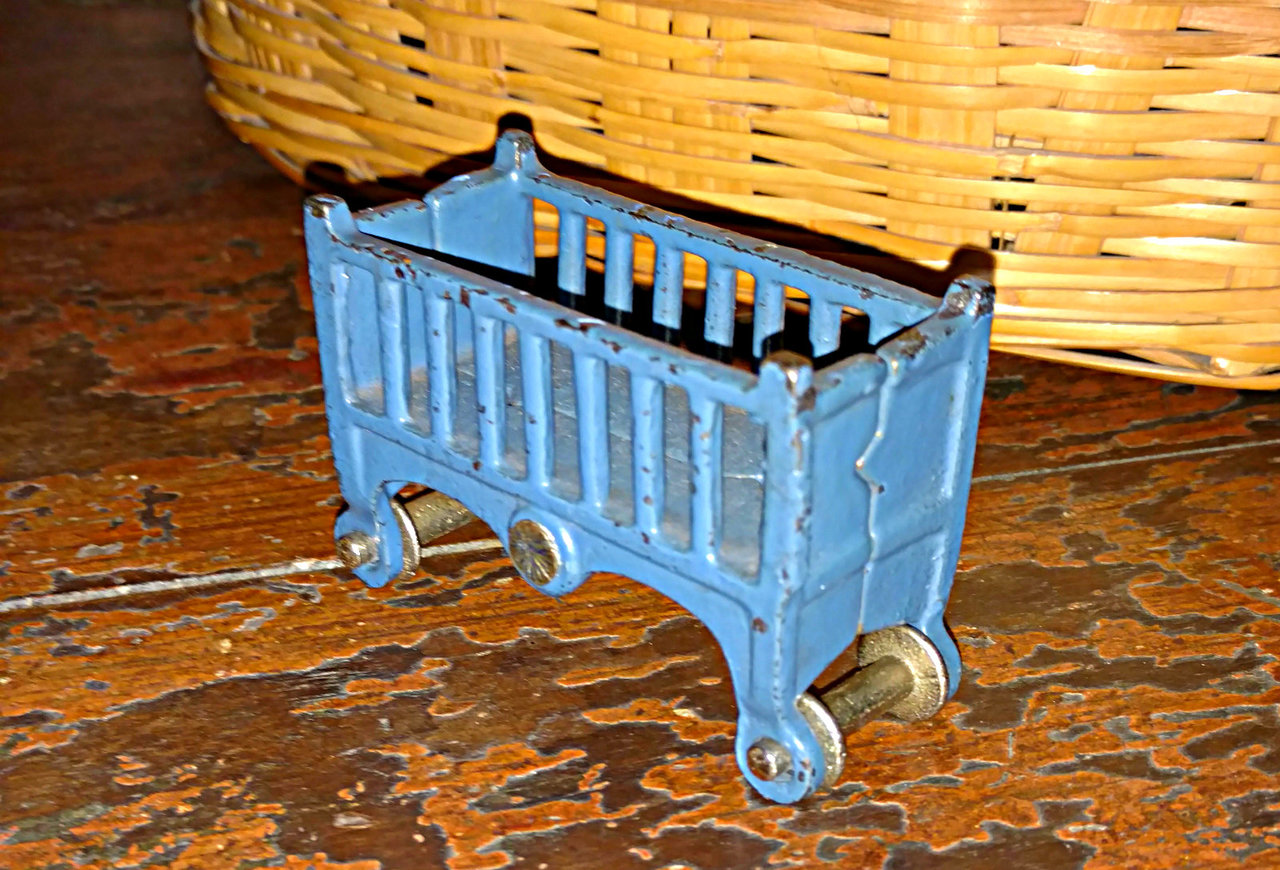 1920s Vintage Cast Iron Crib Doll House Furniture In Blue
