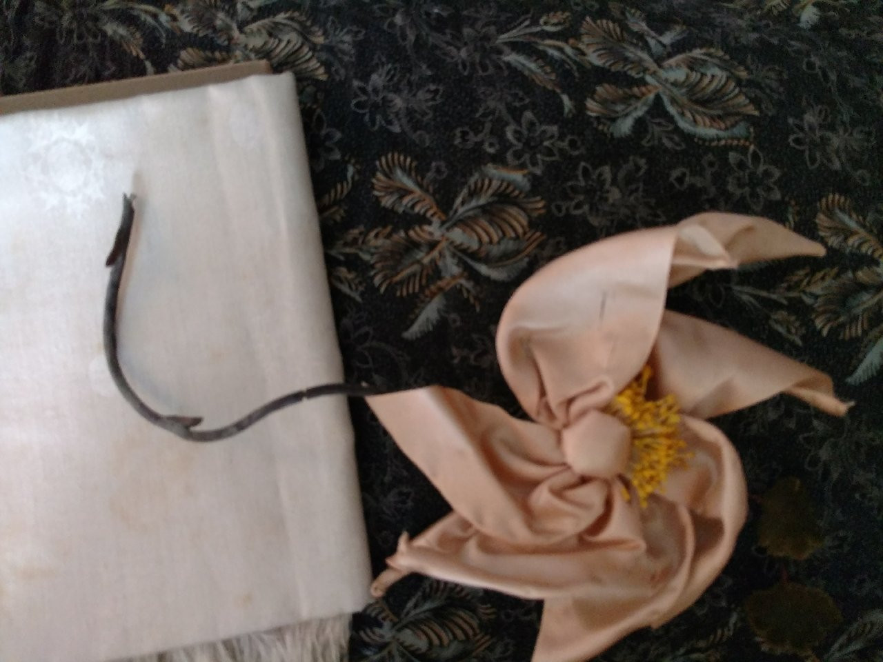 Ribbon Art 1920s Silk Flower Millinery Hat Dress Embellishment The
