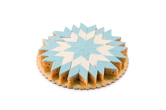 Blue Peanut Chew Starburst Platter-48 piece
