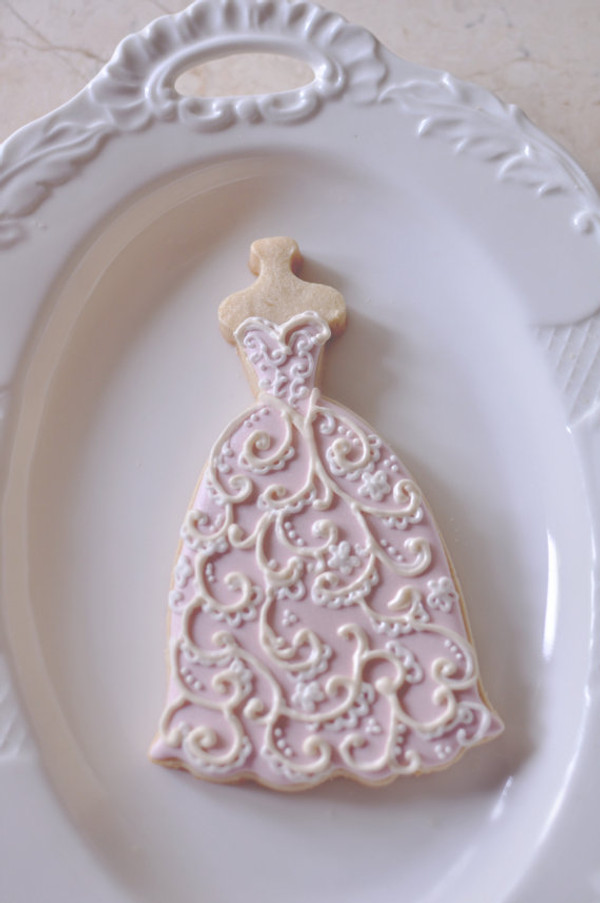 Decorated cookie by Marinold Cakes on etsy!