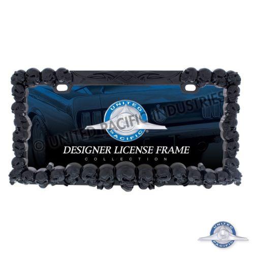 Skull License Plate Frame (Black)