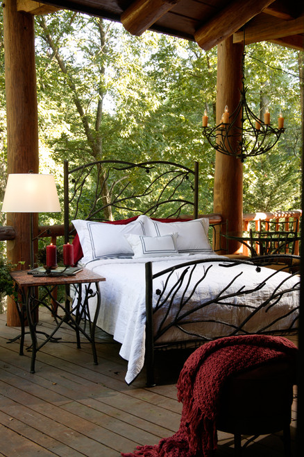 Evergreen King Iron Bed