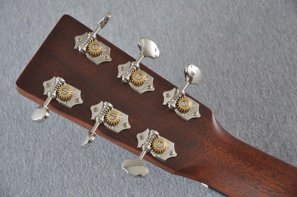 Martin Custom Shop 0-18 Adirondack Spruce Ambertone Acoustic Guitar #2121991