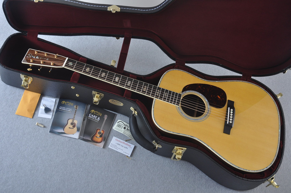 Martin D-41 (2018) Standard Acoustic Guitar #2174820 - Case