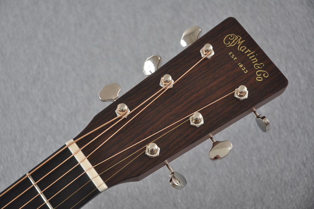 Martin Custom Shop 0-18 Adirondack Spruce Acoustic Guitar #2164198 - Headstock