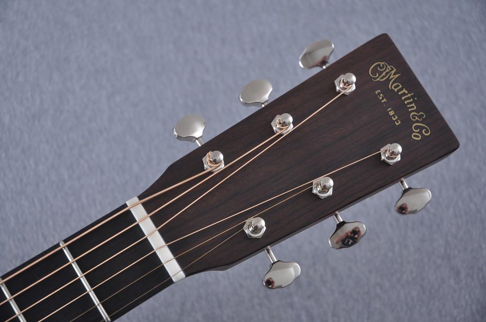 Martin Custom Shop 0-18 Adirondack Spruce Acoustic Guitar #2186818 - Headstock
