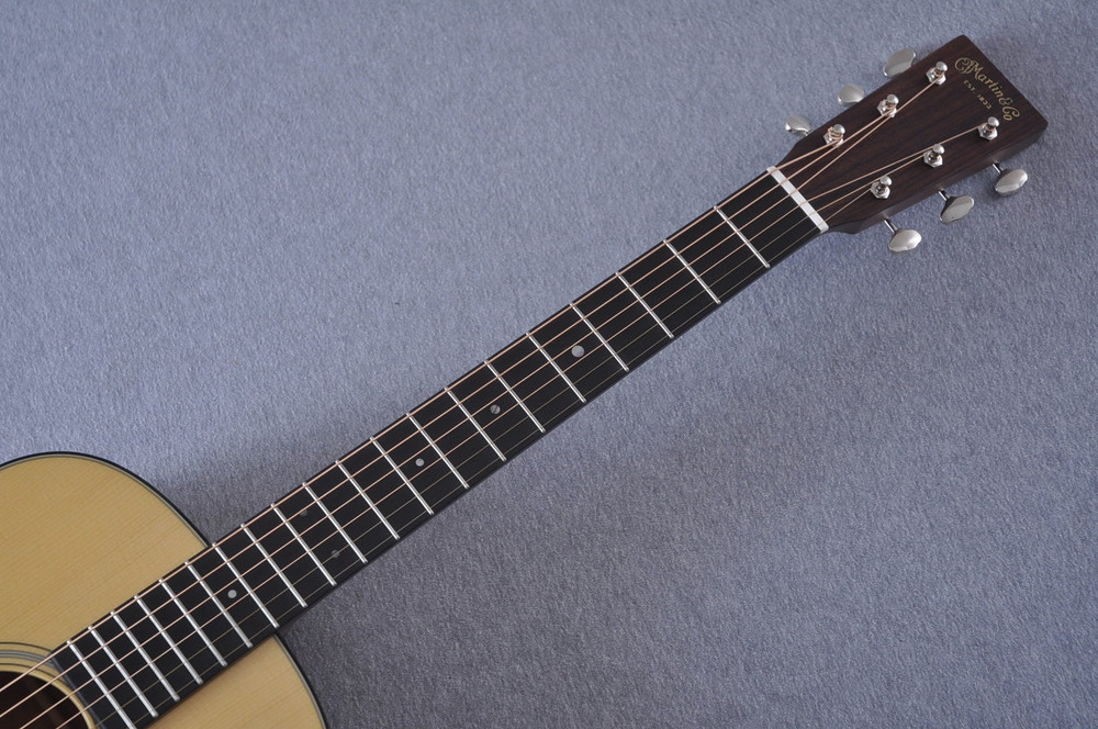 Martin Custom Shop 0-18 Adirondack Spruce Acoustic Guitar #2186818 - Neck