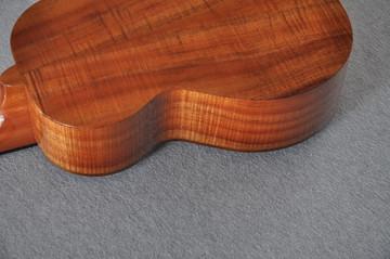 Kamaka Concert Deluxe Ukulele HF-2D - Solid Koa - Made in USA - 180670