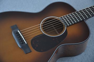 Martin Custom Shop 0-18 Adirondack Spruce Ambertone Acoustic Guitar #2121991 - Bridge