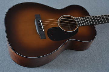 Martin Custom Shop 0-18 Adirondack Spruce Ambertone Acoustic Guitar #2121991 - Beauty