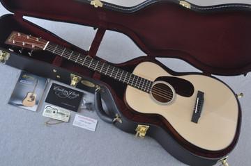 Martin Custom Shop 0-18 Adirondack Clear Acoustic Guitar #2146970 - Case