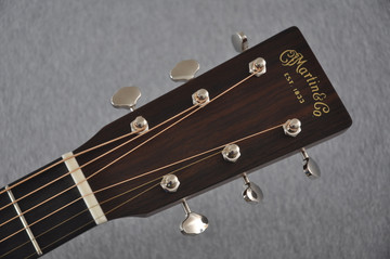 Martin Custom Shop 00-18 Adirondack Spruce Top Acoustic Guitar #2164199 - Headstock