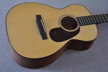 Martin Custom Shop 0-18 Adirondack Spruce Acoustic Guitar #2186818 - Beauty