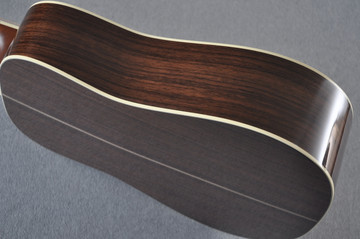 Martin D-41 (2018) Standard 1935 Sunburst Acoustic Guitar #2193531 - Side