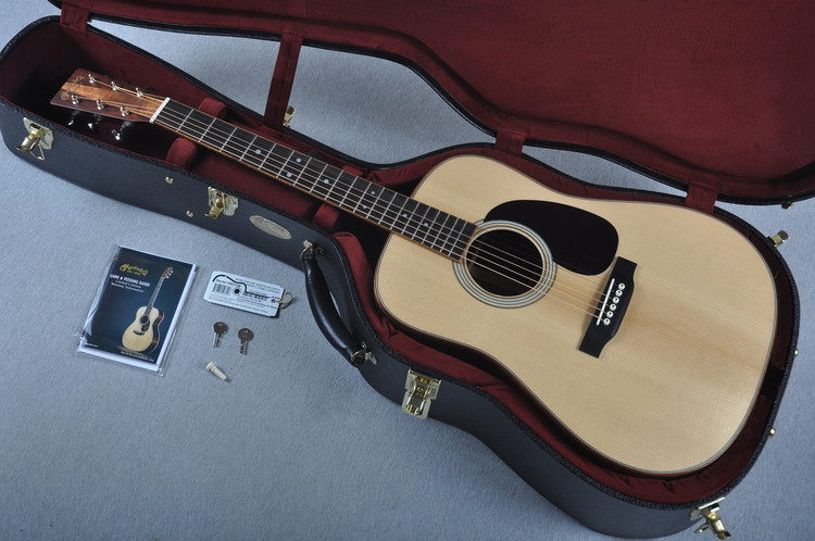 Martin Custom Shop D-35 VTS Adirondack Guatemalan Koa Wedge #1952108 - Case