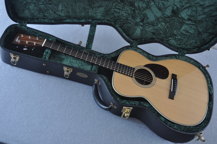 2005 Collings OM2H Sitka Spruce Indian Rosewood #11500 - Case