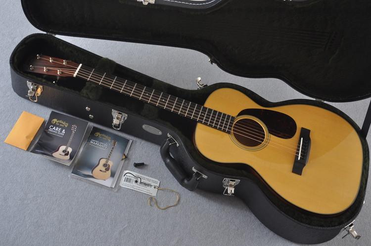 Martin 0-18 Standard Acoustic Guitar #2116488 - Case