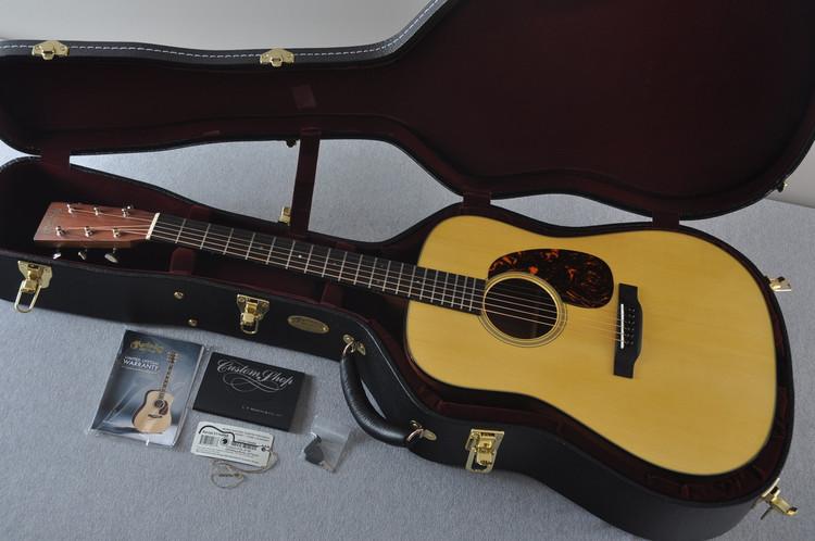 Martin Custom Shop D-21 Adirondack Guatemalan Rosewood #2116668 - Case