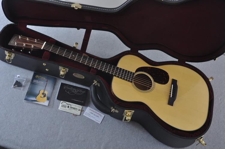 Martin Custom Shop 00-18 Adirondack Spruce Top Acoustic Guitar #2186828 - Case