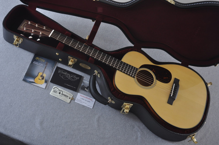 Martin Custom Shop 0-18 Adirondack Spruce Acoustic Guitar #2186818 - Case
