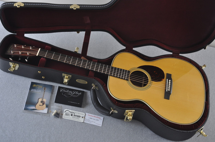 Martin Custom Shop OM-28 Guatemalan Rosewood Acoustic Guitar #2142388 - Case