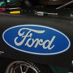Ford Oval Fender Gripper®