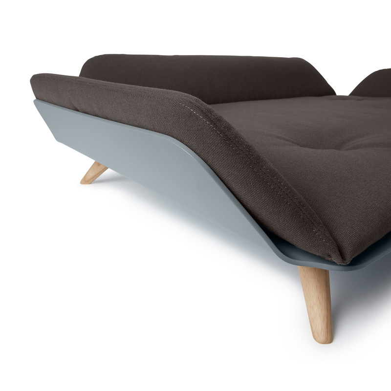 Dog Bed - Letto dayBed Sepia_Sleep_RedDot Product Design Award 2015_Raised Side Detail_www.hugoandotto.com