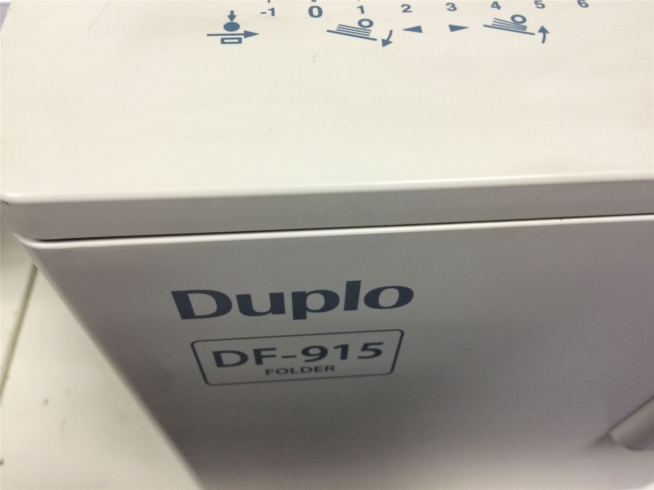 Duplo DF-915 - A3 A4 A5 Automatic Paper Folding Machine - REFURBISHED