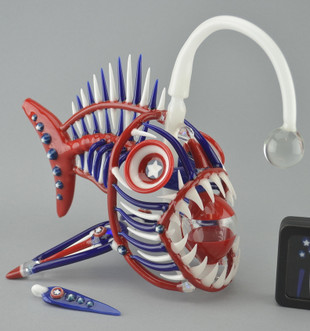 BUCK - 'Merica Angler Fish Vapor Rig w/ 14mm Fixed Natural Perc, Pendant, and Lure