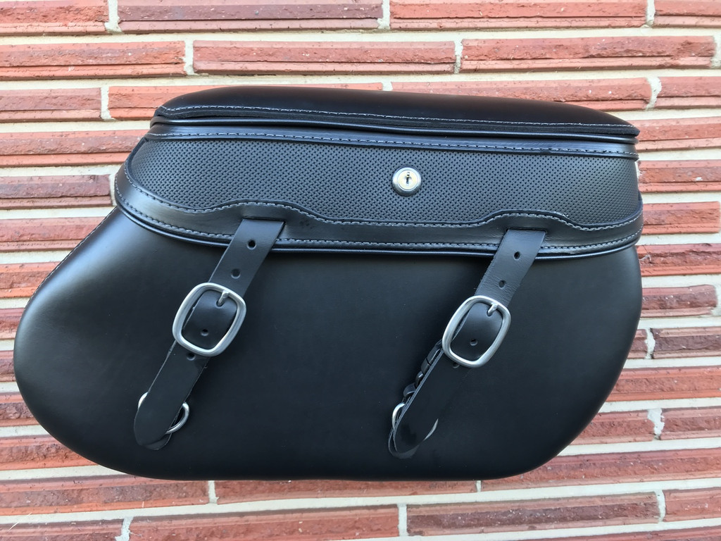 XL Classic Deluxe 2018 Softail Saddlebags