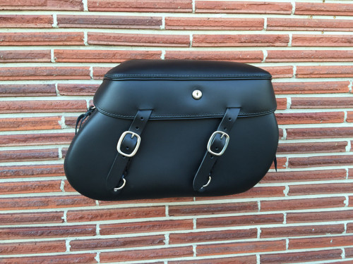 LP4000 Series XL Softail Saddlebags