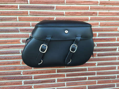 XL Classic 2018 Softail Saddlebags