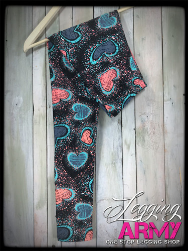 3XL/5XL (22-28)- Splattered Hearts